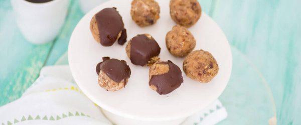 Paleo Recept - Dadelballetjes met walnoot
