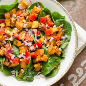 Tandoori Salade met Zoete Aardappel
