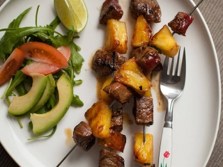 tropische steakspiesen